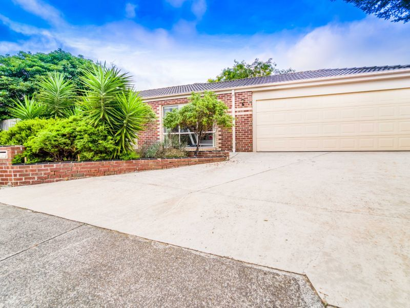 11 Lisa Court, Hoppers Crossing VIC 3029, Image 1
