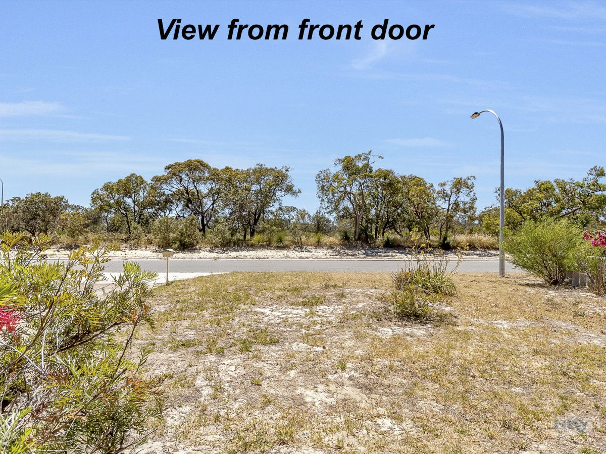 33A Daventry Drive, Alexander Heights WA 6064, Image 2