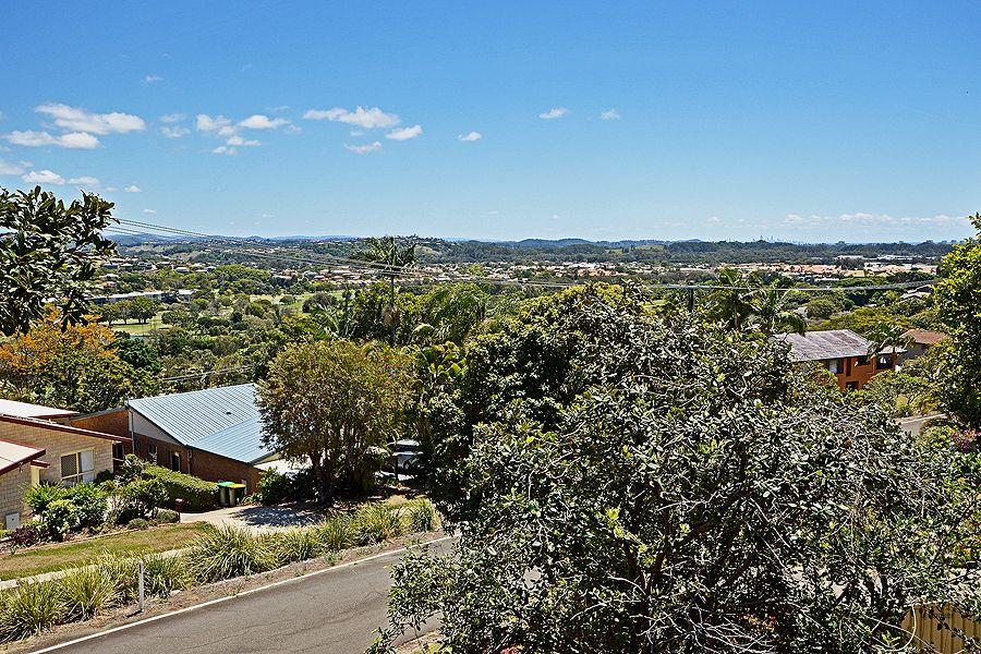2 Durigan Place, Banora Point NSW 2486, Image 2