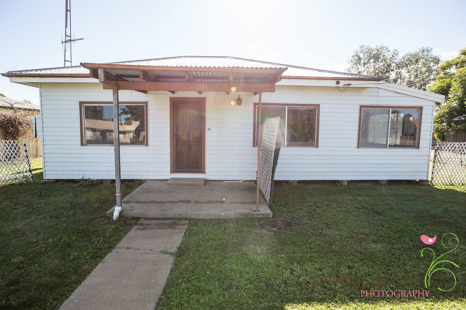 16 Aberford Street, Coonamble NSW 2829, Image 0