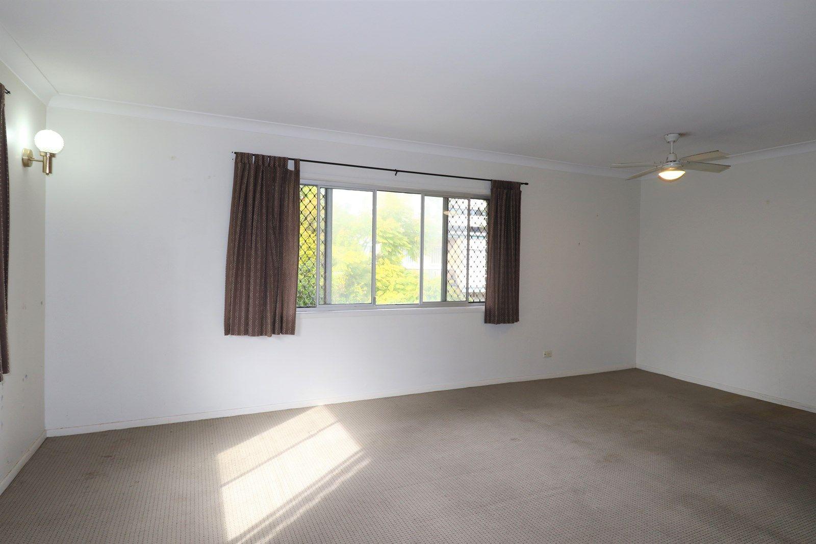 3/16 Anne Avenue, Broadbeach QLD 4218, Image 2