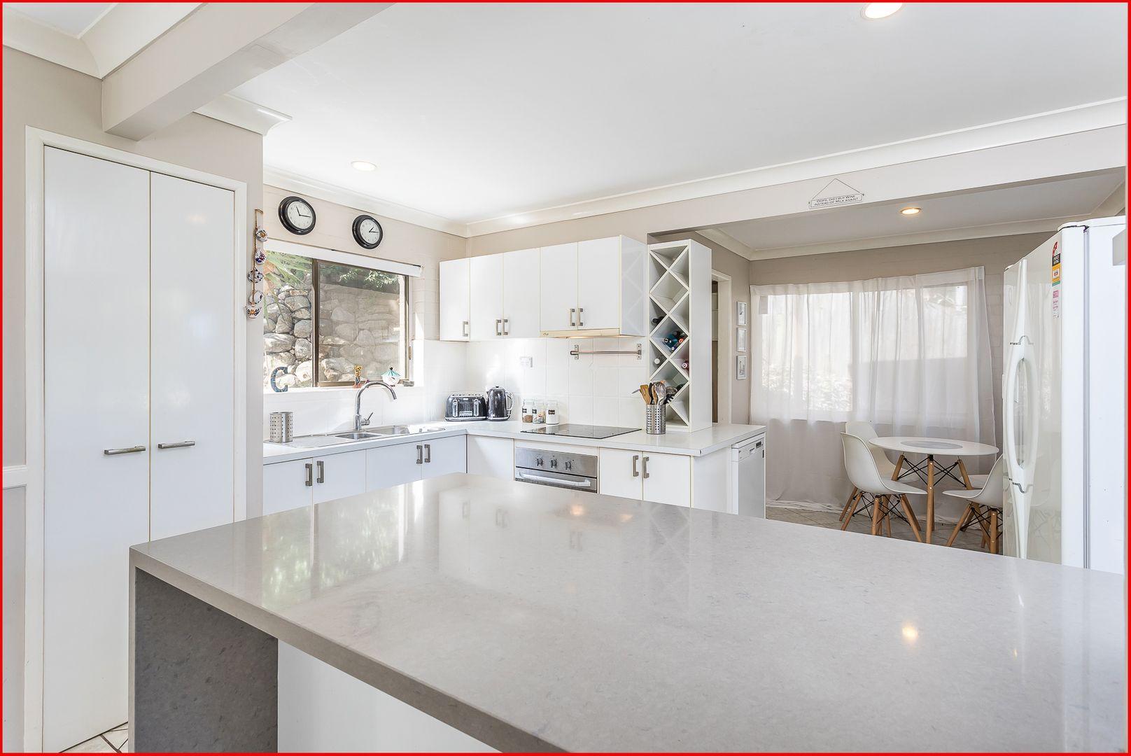 16 Towri Street, Ferny Hills QLD 4055, Image 2