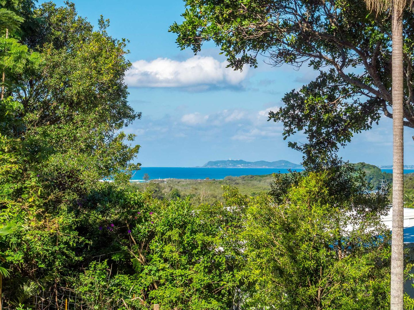 7 Yackatoon Court, Ocean Shores NSW 2483, Image 0