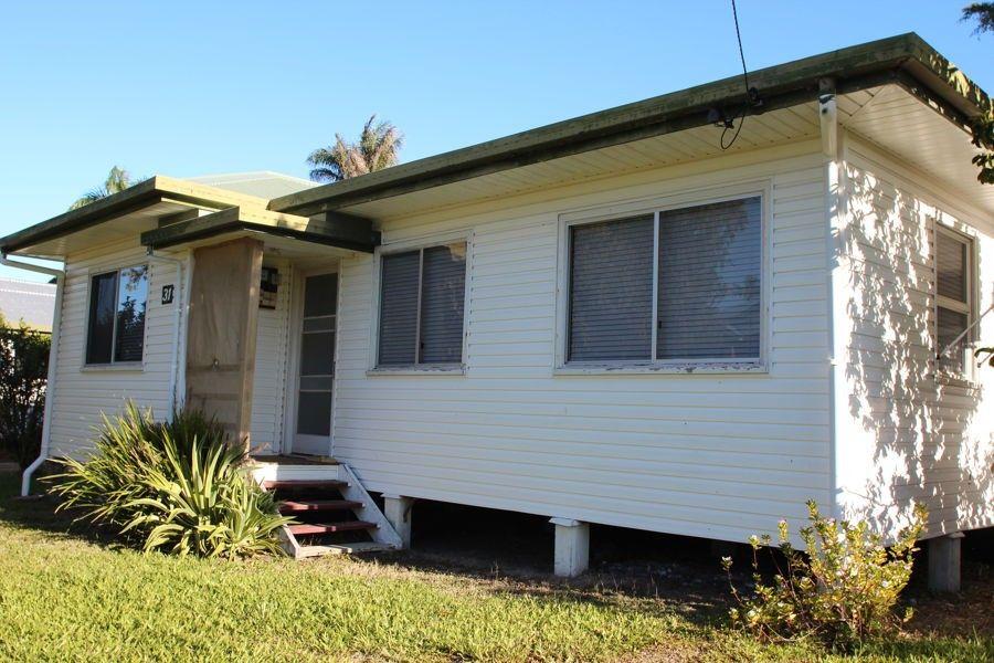 31 Chataway Street, West Mackay QLD 4740, Image 0