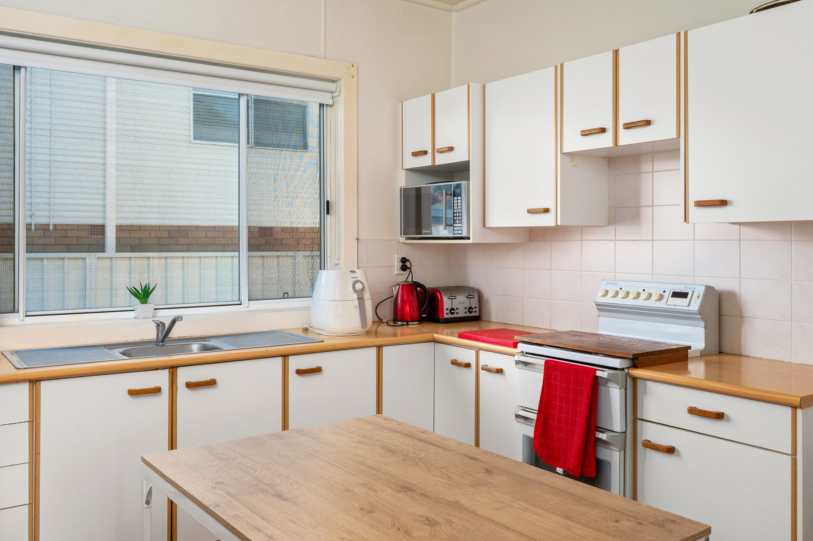 6 Collett Avenue, Singleton NSW 2330, Image 1