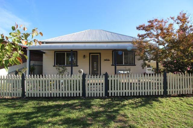 32 Hurley Street, Cootamundra NSW 2590, Image 0