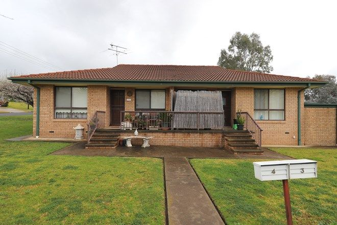 Picture of 3/16 Havelock Street, ADELONG NSW 2729