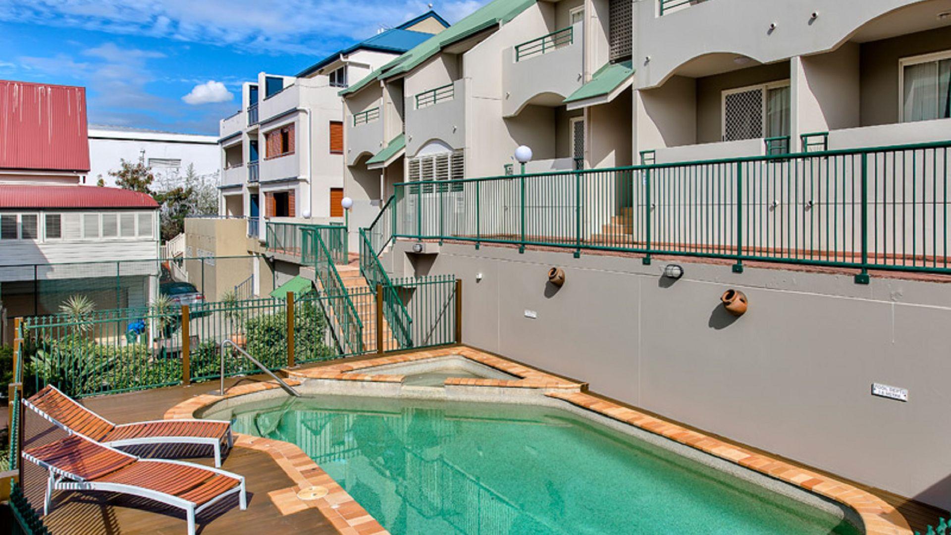 18/23 Edmondstone Street, South Brisbane QLD 4101, Image 1