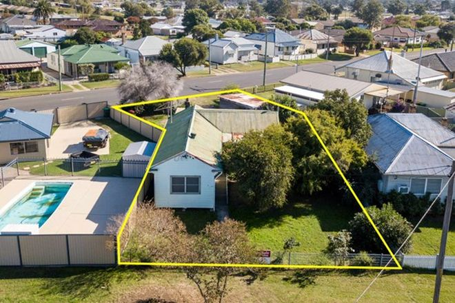 Picture of 62 Shedden Street, CESSNOCK NSW 2325