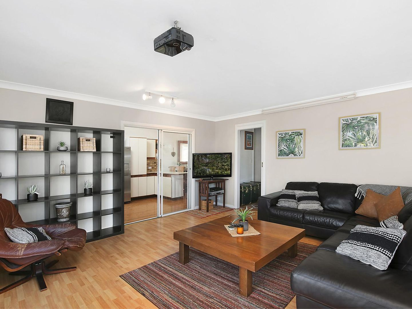 9 Pitman Avenue, Hornsby Heights NSW 2077, Image 2