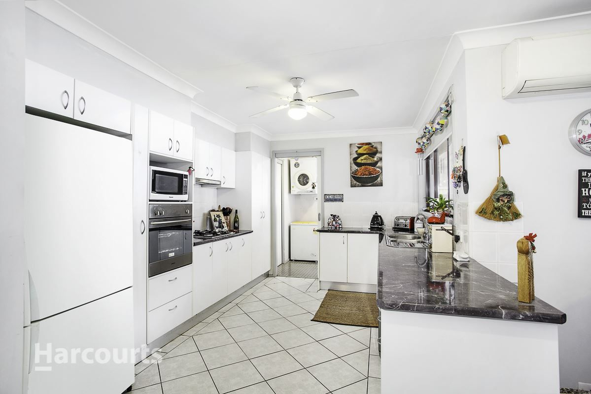 12 Mezen Place, St Clair NSW 2759, Image 1