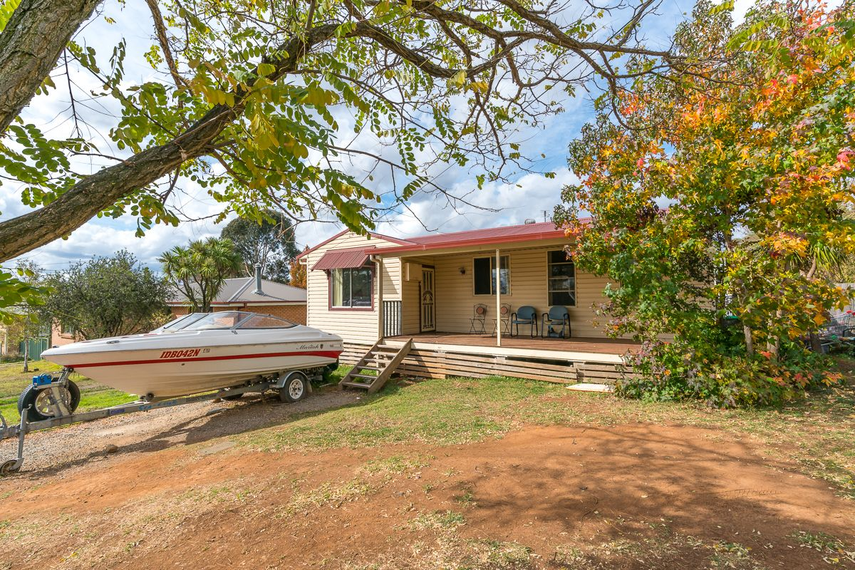3 Katoa Place, Orange NSW 2800, Image 0
