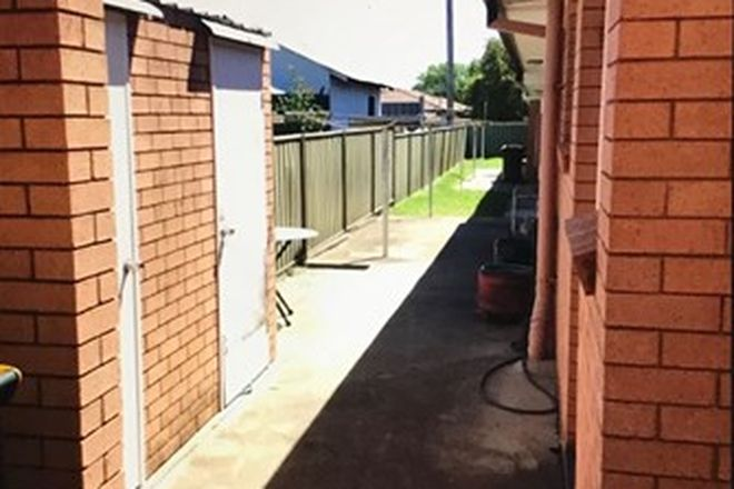 Picture of 2/8 Lydia Street, TAMWORTH NSW 2340