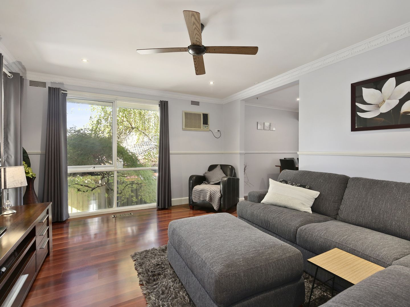 2 Valewood Drive, Launching Place VIC 3139, Image 2