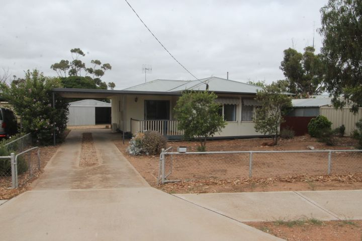 12 Sims Crescent, Cleve SA 5640, Image 0