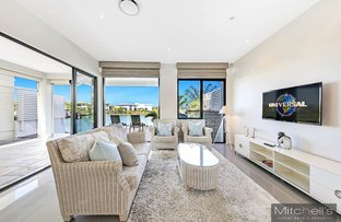 Picture of 6068 Lugano Drive, Hope Island QLD 4212
