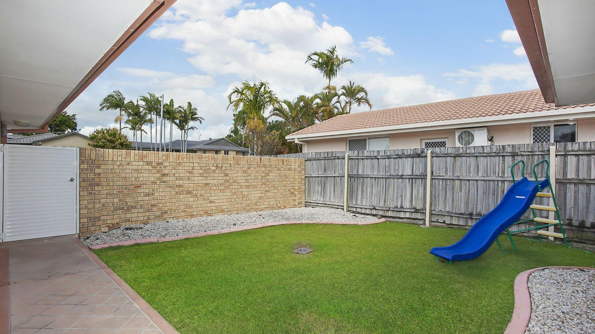 1/107 Treeview Drive, Burleigh Waters QLD 4220, Image 2