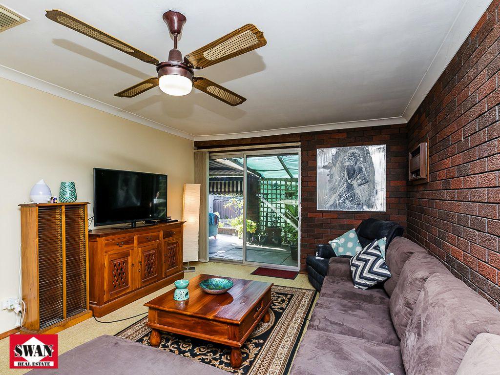 32 Fairfax Rd, Swan View WA 6056, Image 2
