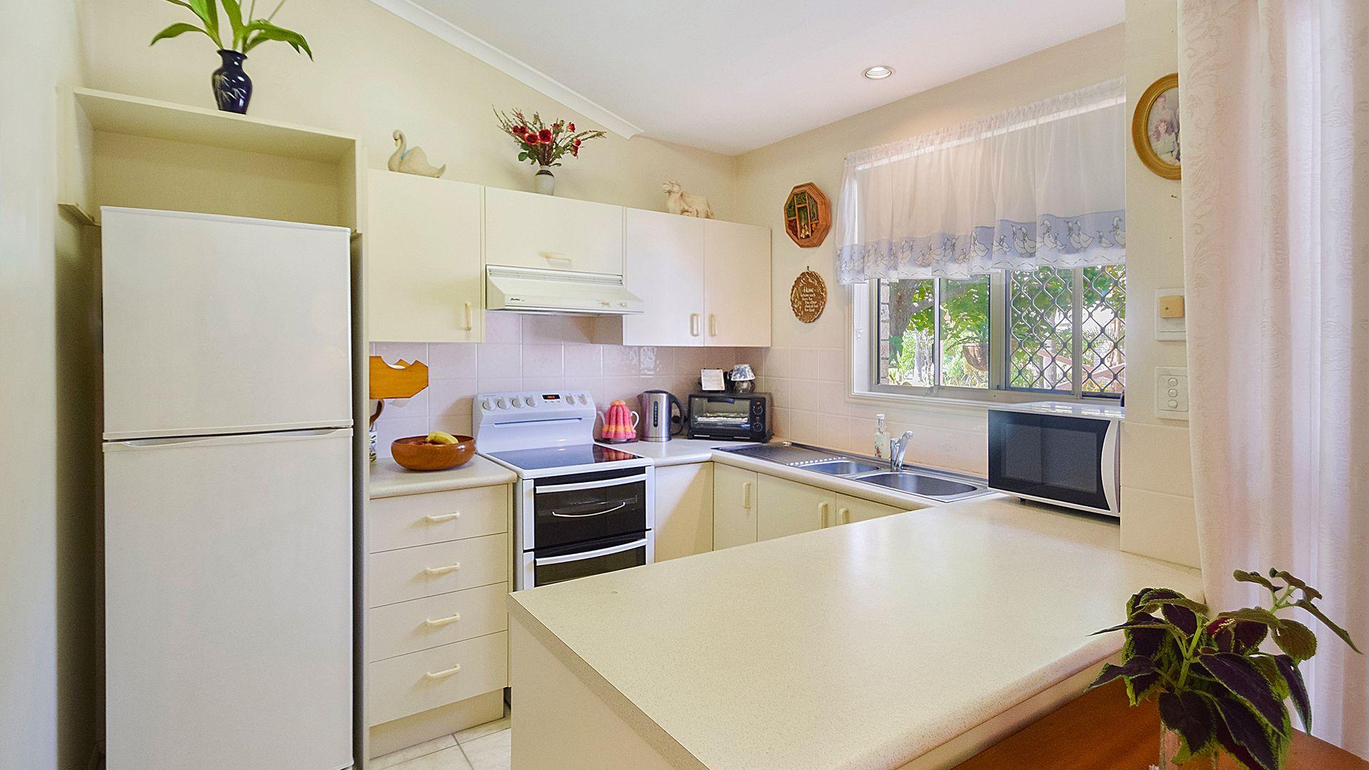 3/3  Sylvia Street, Noosaville QLD 4566, Image 2