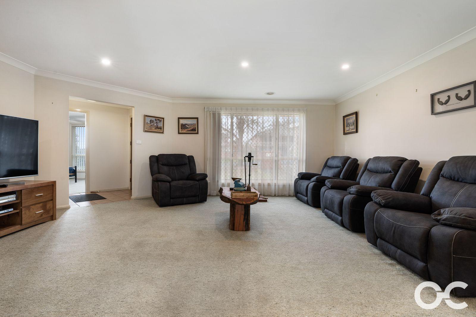 64 Icely Road, Orange NSW 2800, Image 1