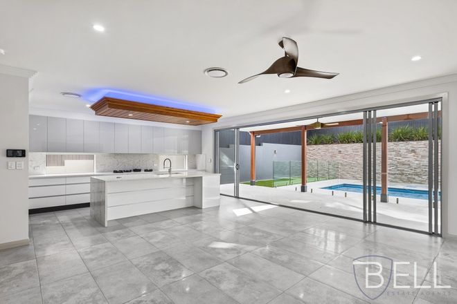 Picture of 10 Taabinga St, WAVELL HEIGHTS QLD 4012