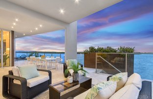 Picture of 27 Knightsbridge Parade West, Sovereign Islands QLD 4216