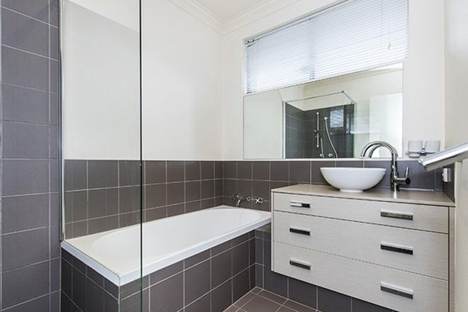 Picture of 26 Fifth Avenue, BEACONSFIELD WA 6162
