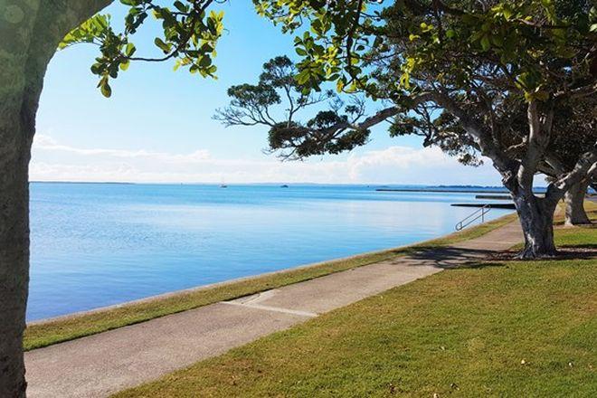 Picture of 43 Waterloo Esplanade, WYNNUM QLD 4178