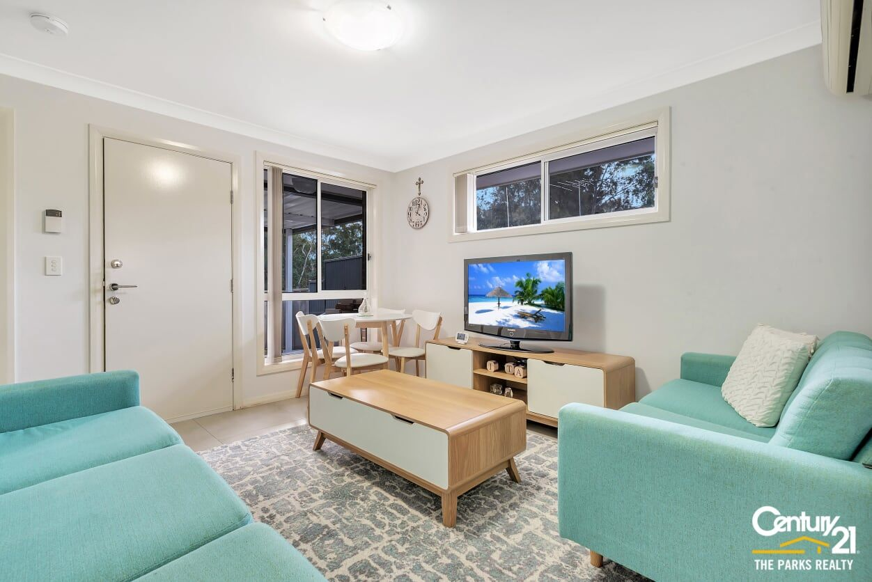 5a Mersey Close, Bossley Park NSW 2176, Image 1