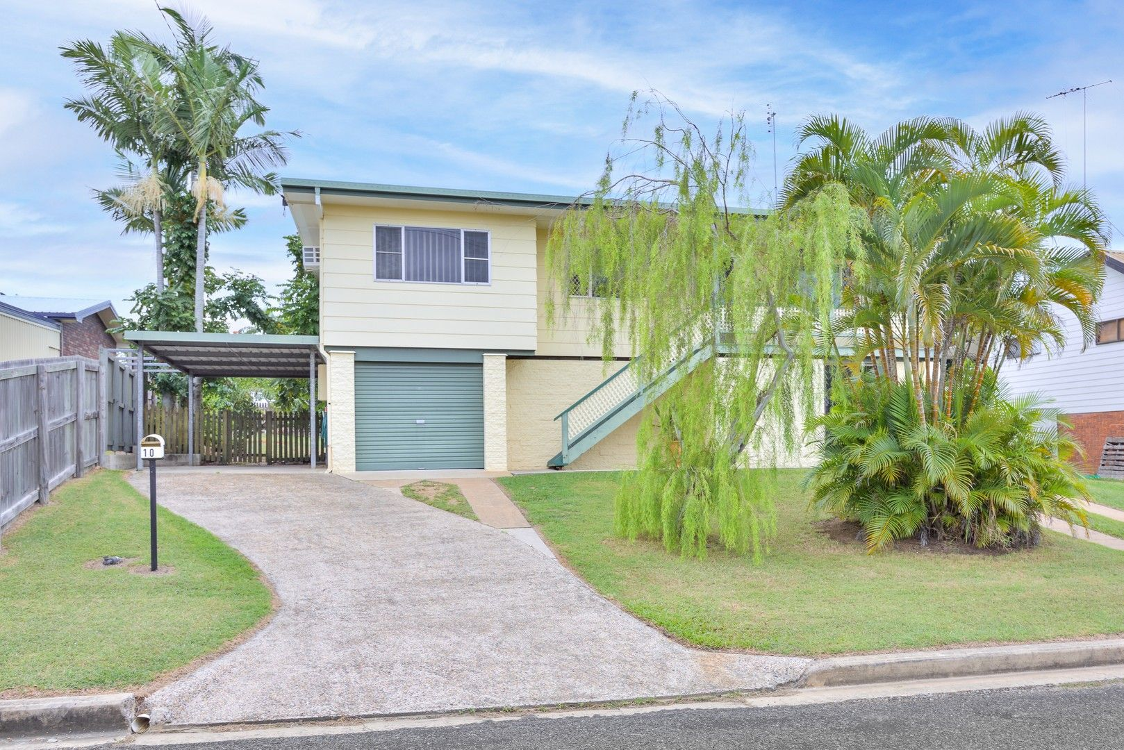 10 Richmond Court, Boyne Island QLD 4680, Image 0