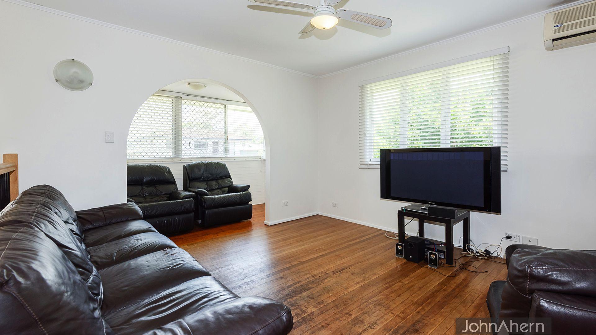 7 Woodrose St, Kingston QLD 4114, Image 1