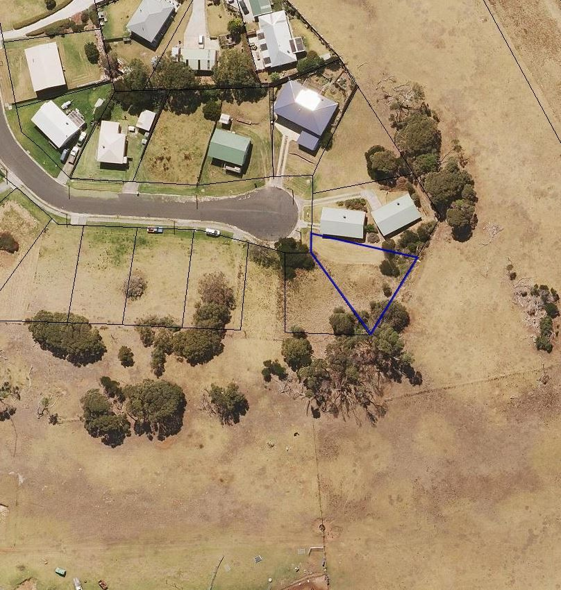 18 Ross Avenue, Currie TAS 7256, Image 1