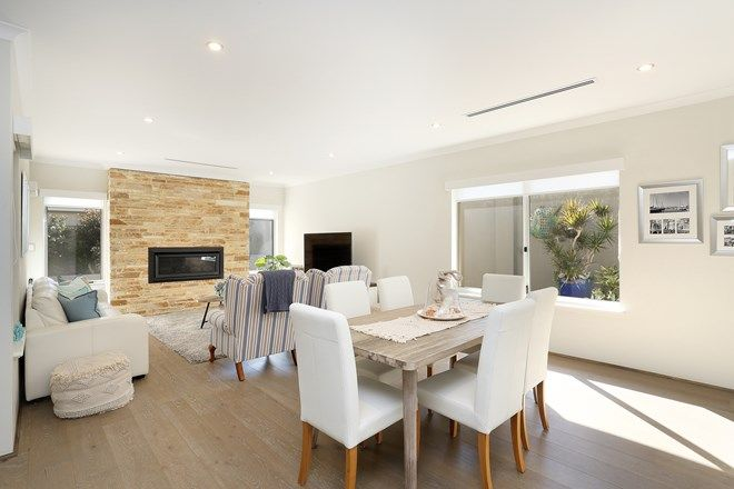 Picture of 7 Devonshire Link, NORTH COOGEE WA 6163