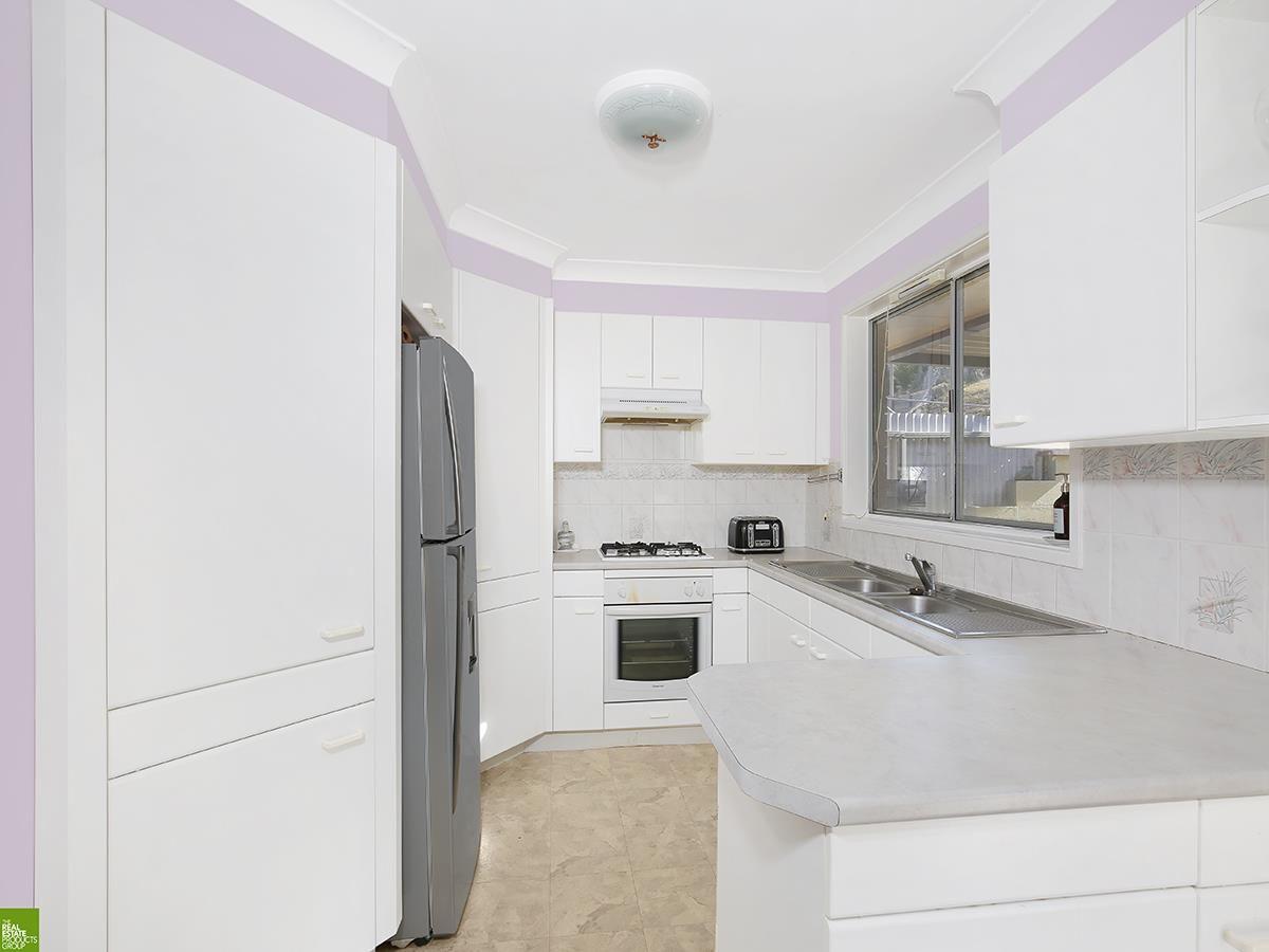 26 Bruce Street, Unanderra NSW 2526, Image 2