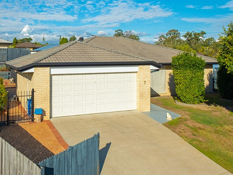 7 Flordagold Place, Heritage Park QLD 4118, Image 0