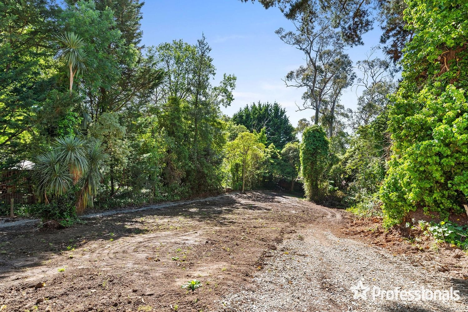 16 Hereford Road, Mount Evelyn VIC 3796, Image 1