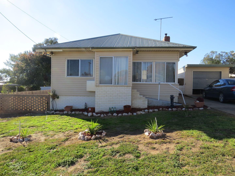 24 Macassar Street, Cowra NSW 2794, Image 0
