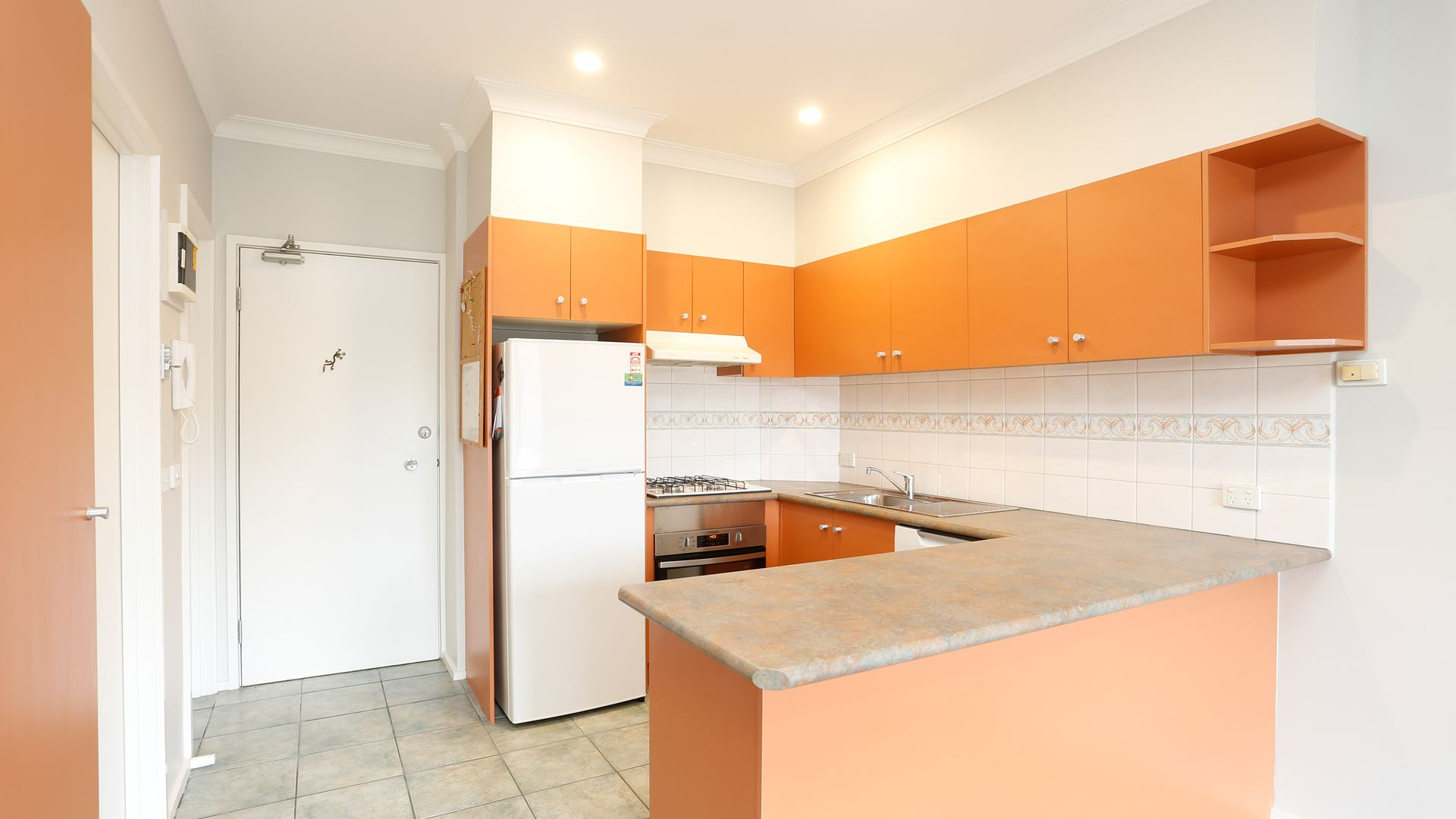 9/7-11 Cecil Street, Fitzroy VIC 3065, Image 2