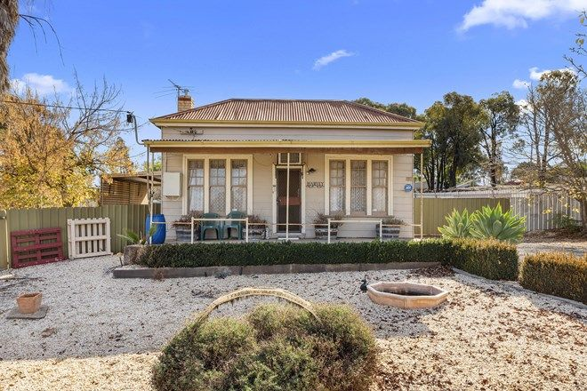 Picture of 32 Franklin Street, SAILORS GULLY VIC 3556