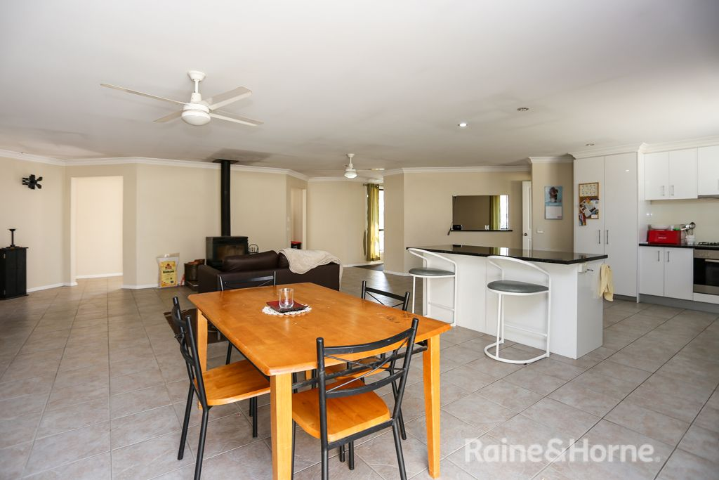 72a Abercrombie Drive, Abercrombie NSW 2795, Image 2