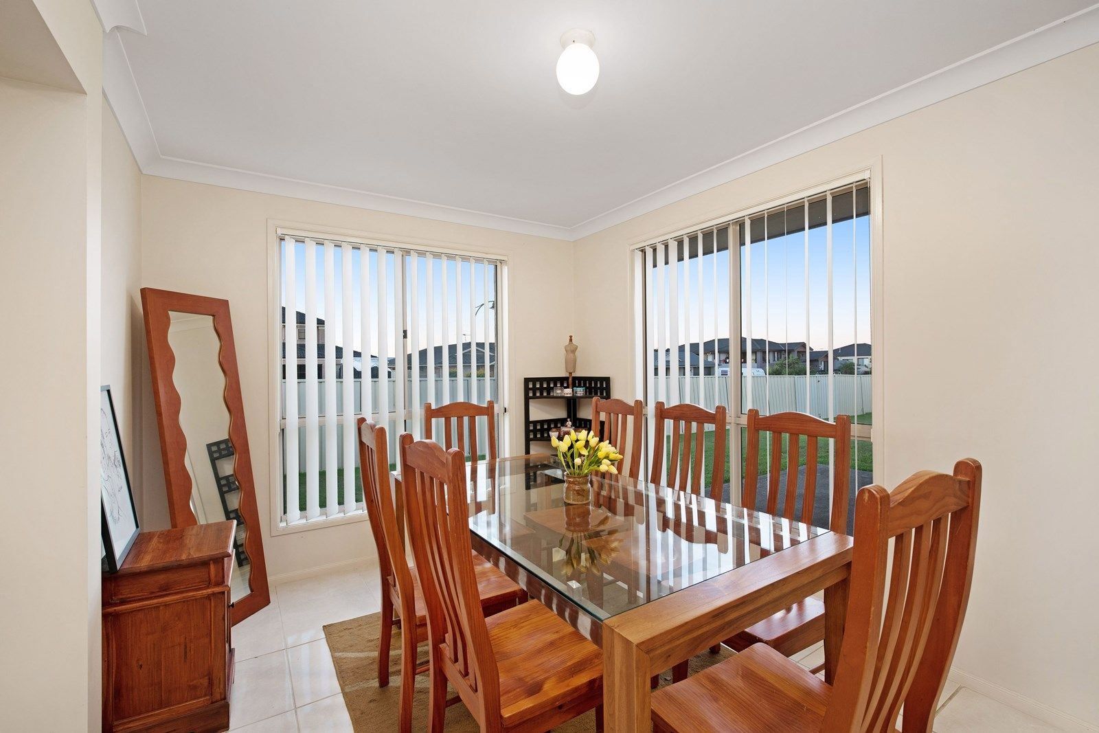 2 Sandalyn Avenue, Thornton NSW 2322, Image 2