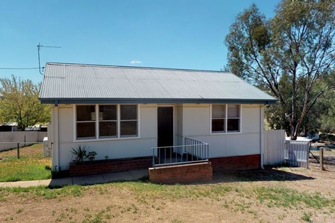 Picture of 72 George St, JUNEE NSW 2663