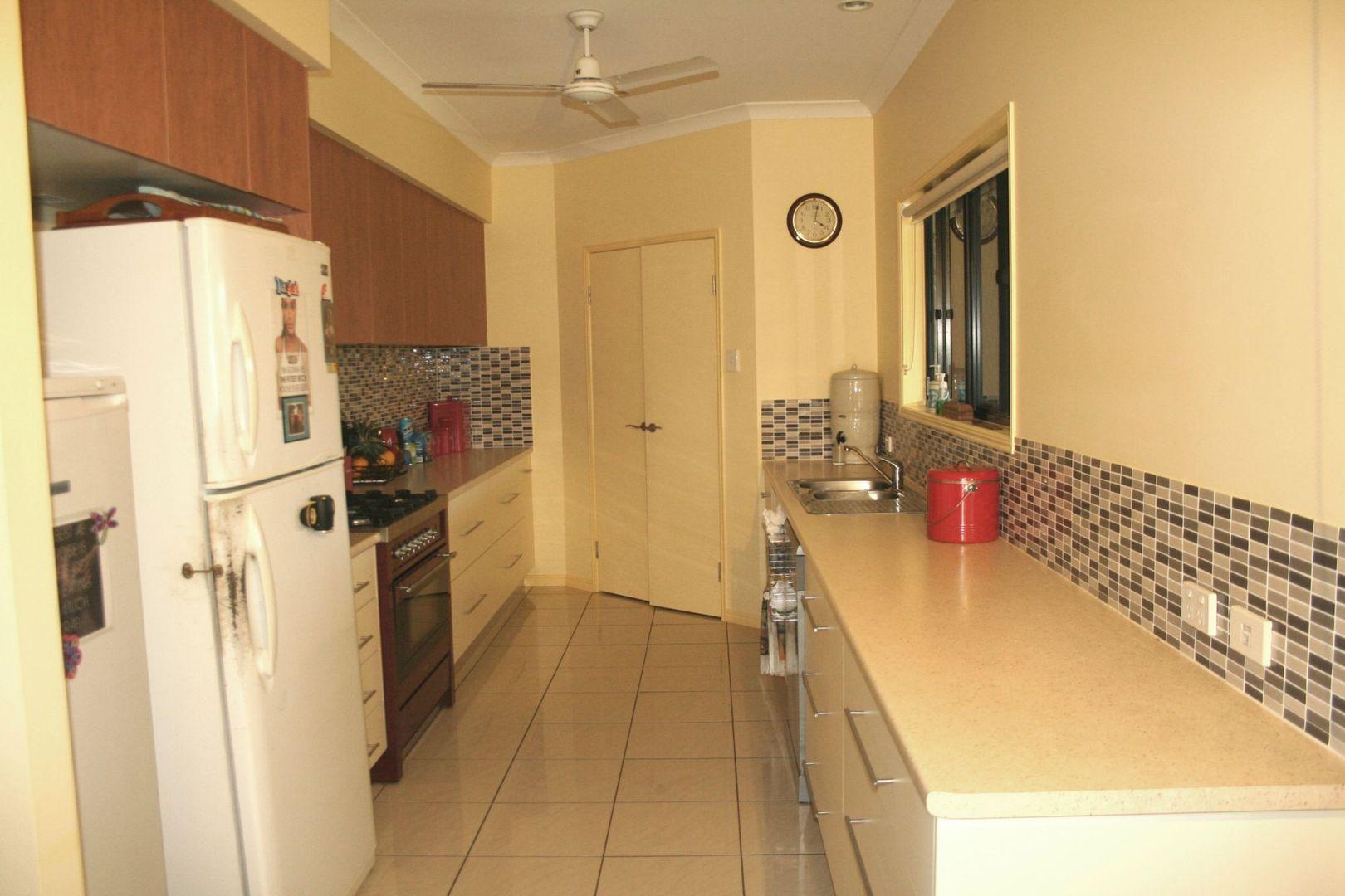 43 Acacia Street, Moore Park Beach QLD 4670, Image 1