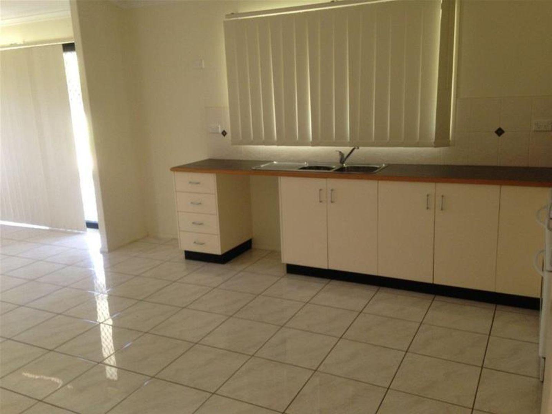7 Baker Street, Nebo QLD 4742, Image 2