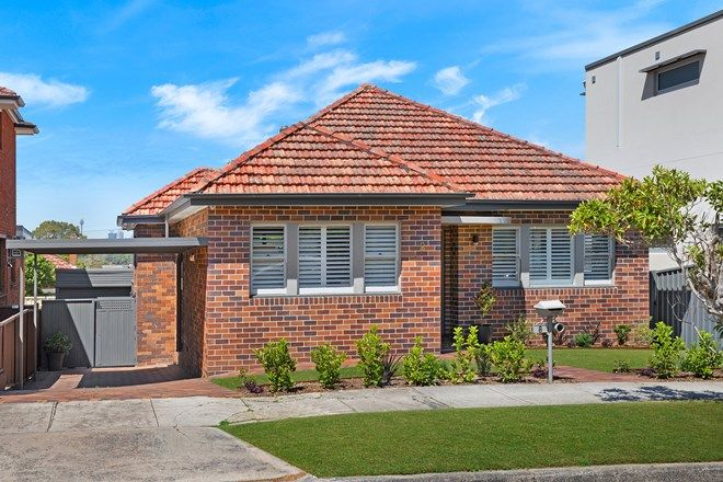 Picture of 8 Robert Avenue, RUSSELL LEA NSW 2046