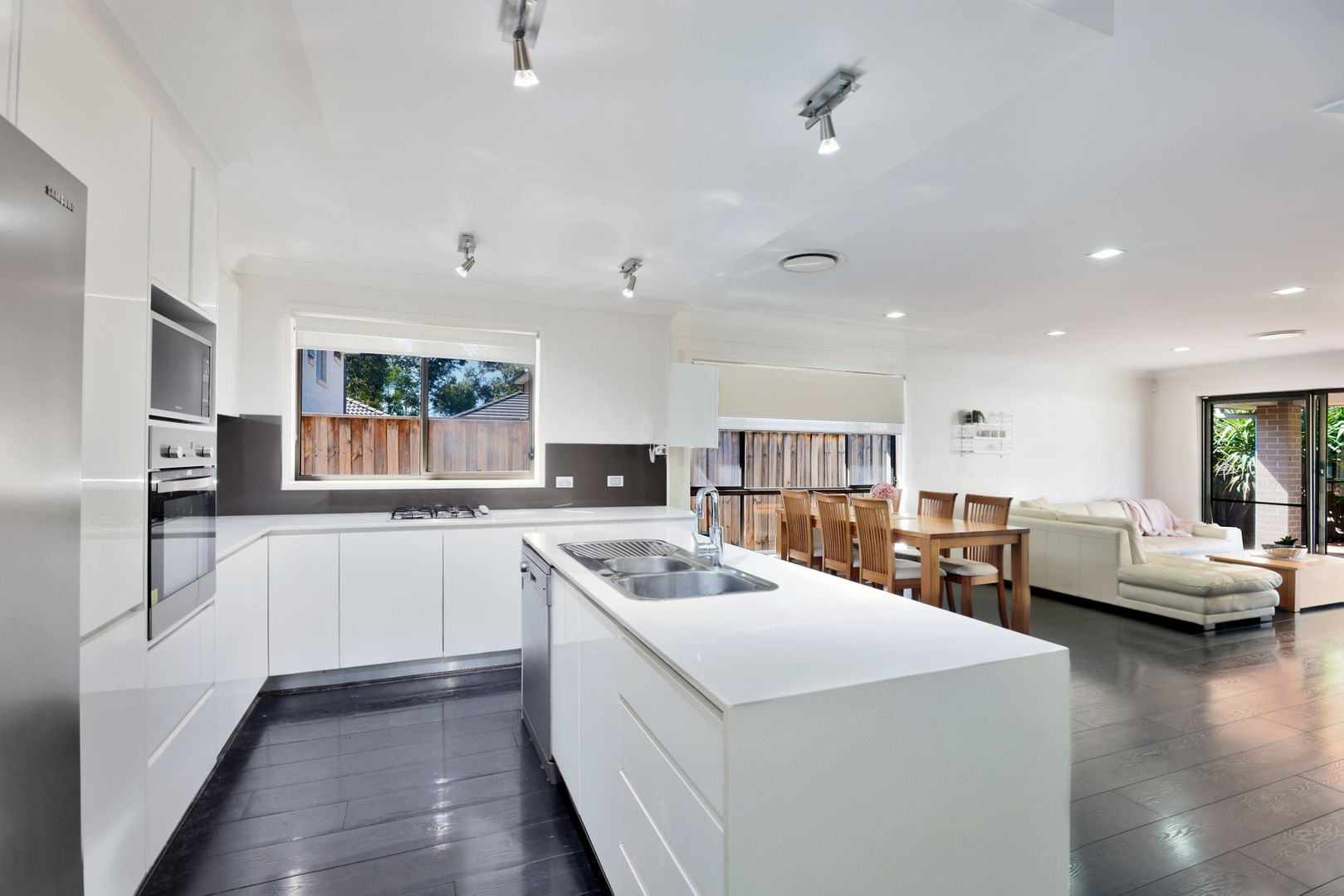 4 Prion Avenue, Cranebrook NSW 2749, Image 2
