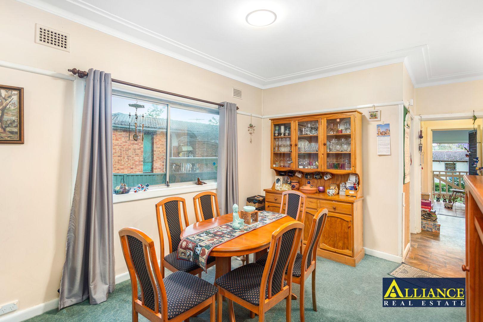 47 Lehn Road, East Hills NSW 2213, Image 2