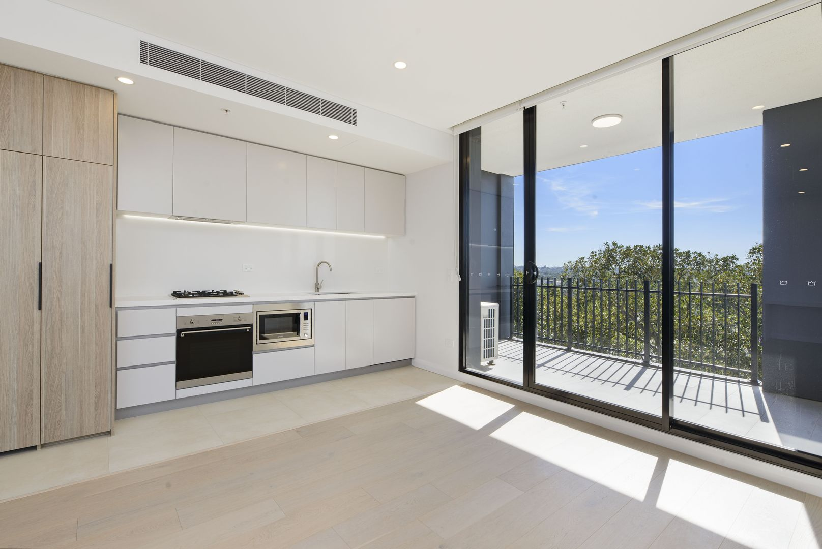 613/5 Maple Tree Road, Westmead NSW 2145, Image 2