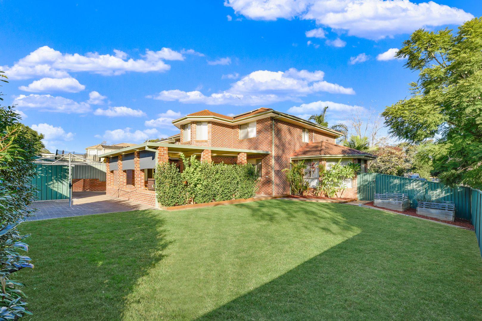 7 Devaney Avenue, Glenmore Park NSW 2745, Image 2