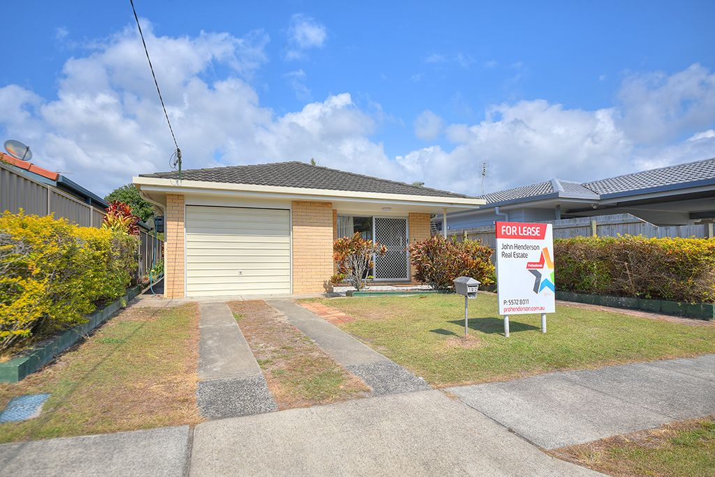 102 Chainey Avenue, Miami QLD 4220, Image 0
